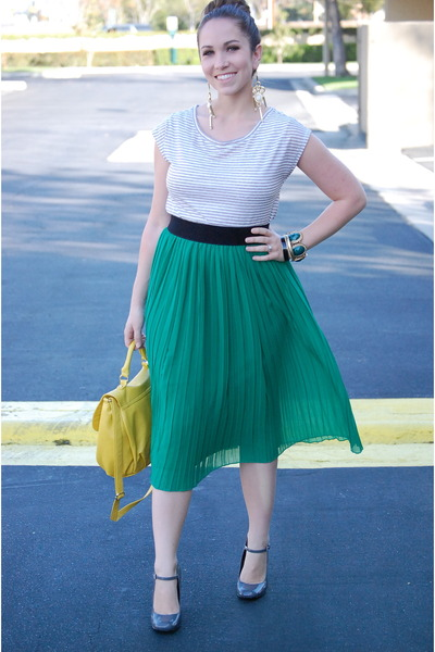 green Forever 21 skirt - Loft shirt - yellow H&M purse