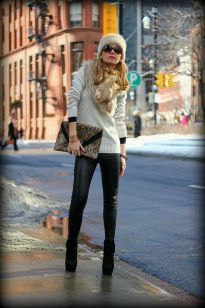 Via Spiga boots - H&M sweater - Forever21 leggings - H&M bag