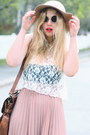 Black-lennon-80s-purple-sunglasses-light-pink-pleated-monki-skirt-white-lace