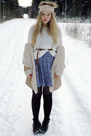 light blue vintage dress - white moms sweater - black H&amp;M socks - eggshell Bik B