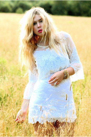 white lace Ida Sjstedt dress
