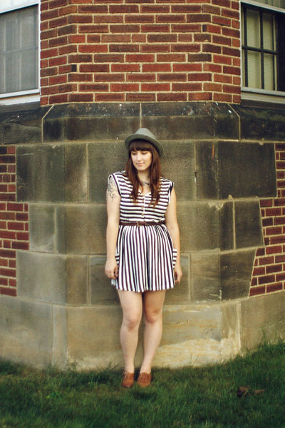 black modcloth dress - brown shoes - silver Pendleton hat - brown belt