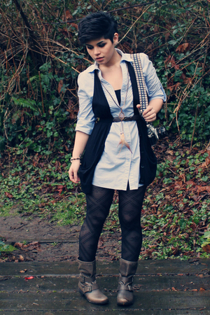 blue Jujubes blouse - black Old Navy vest - brown thrifted belt - black Forever