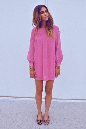 mustard Jeffrey Campbell flats - bubble gum H&M dress - gold Forever21 bracelet