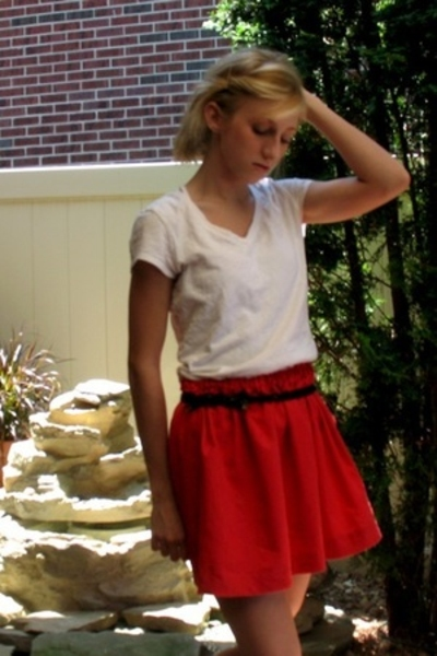 My Own skirt - American Apparel t-shirt - Urban Outfitters belt - Target shoes
