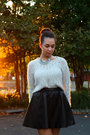 black H&M skirt - heather gray Lush sweater - charcoal gray Wild Doll heels