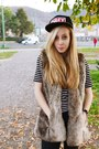 Black-zara-jeans-animal-print-obey-hat-faux-fur-bershka-vest