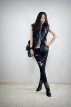black 2BB3 vest - black 2BB3 pants - black 2BB3 purse - black 2BB3 shoes