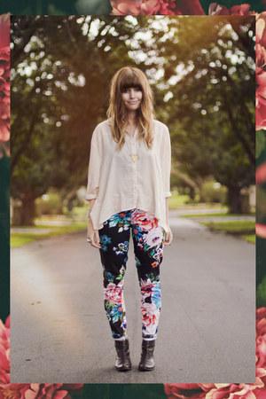floral beginning boutique pants - cross evil twin bracelet