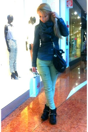off white Zara pants - black H&M boots - gray jacket - gray Avon scarf