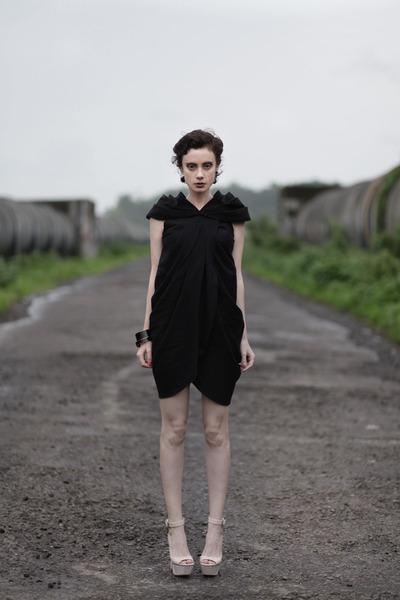 wwwletthemstarecom dress