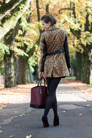 camel H&M coat - black H&M tights - crimson Zara bag - black Gucci heels