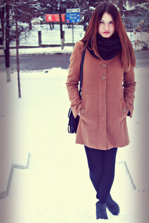 brown Stradivarius coat