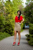 red Zara heels - tan Stradivarius skirt
