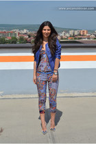 blue Bershka jacket - blue Stradivarius belt - orange Bershka pants