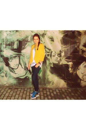 mustard Bershka jacket - green purse - brown watch - charcoal gray nike sneakers