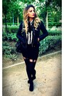 Black-bershka-boots-black-bershka-jacket-white-stripes-blanco-shirt