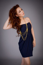 navy with pad Label dress - gold chain Forever 21 necklace