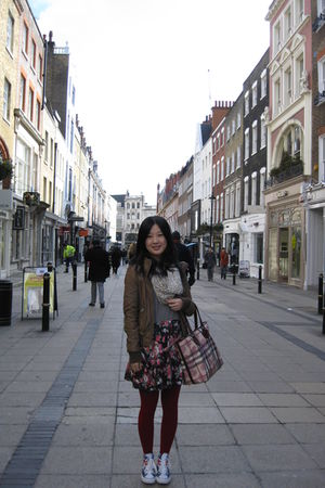 red John Levis tights - beige Topshop scarf - black Topshop dress - white Conver