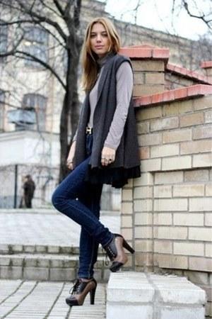 Zara jeans - Hermes belt