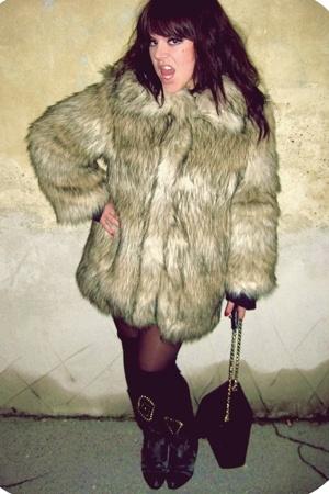 TREND coat -  boots -  purse