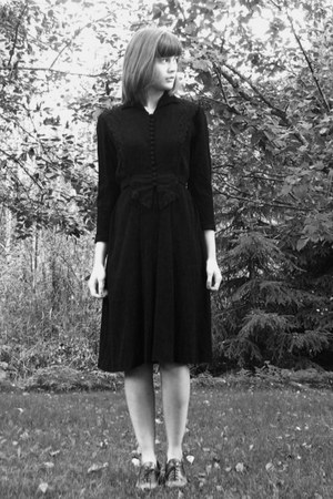 dark brown thrifted heels - black thrifted vintage dress