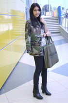 army green military jacket Pull and Bear jacket - black ankle boots H&M boots