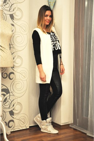 white Zara vest - black Zara pants - black Stradivarius top