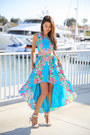 Turquoise-blue-lovers-friends-dress-white-coach-sandals