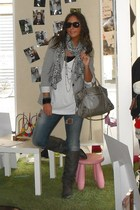 Zara blazer - H&amp;M t-shirt - Coolway boots - H&amp;M scarf - H&amp;M bracelet - ray-ban s