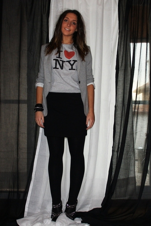 gray Zara blazer - gray from NY t-shirt - black H&amp;M skirt - Zara shoes - black H