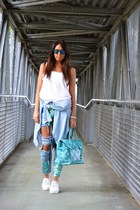 white H&M top - sky blue PERSUNMALL jeans - aquamarine Gio Cellini bag