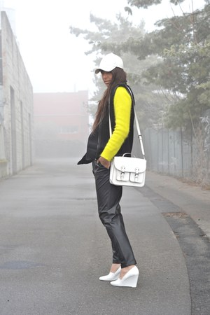white H&amp;M hat - yellow H&amp;M sweater - white H&amp;M bag - black Mango pants