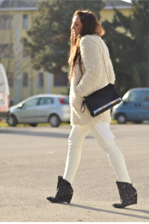 ivory Zara coat - ivory H&M shirt - black Zara bag - ivory H&M pants