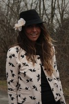 black hm man hat hat - neutral hm Jacket jacket - neutral hm Flower accessories