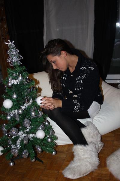navy Zara Man sweater - ivory H&M shorts - white no brand boots