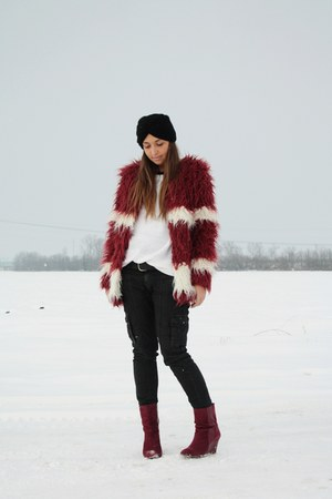 brick red romwe coat - black Topshop hat - white H&M sweater