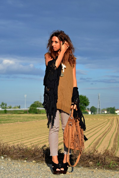 brown Zara vest - dark brown Zara bag - camel H&M pants - black Shellys heels