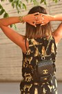 Black-chanel-vintage-bag-black-bershka-sunglasses-gold-aimee-diy-necklace