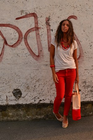 red color pants Zara pants - peach plastic bag gadget from magazine bag