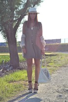 army green H&M dress - ivory H&M Man hat - ivory MIABAG bag