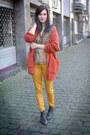 Carrot-orange-cardigan-gold-pants