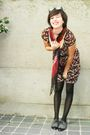 Red-dress-red-scarf-black-tights-gray-shoes