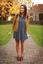 burnt orange tights - dark brown shoes - navy dress - black bag