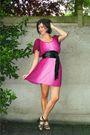 Pink-dress-black-shoes