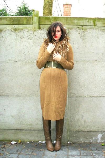 camel dress - light brown boots - brown scarf - army green belt