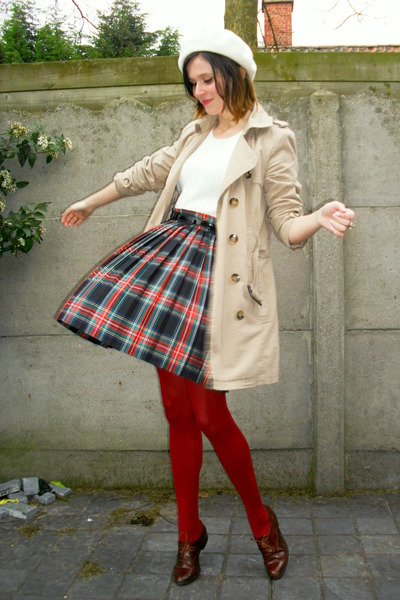 crimson shoes - tan coat - ivory hat - ruby red tights - ivory top - navy skirt