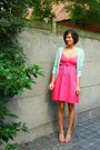 Pink-dress-pink-shoes-blue-cardigan