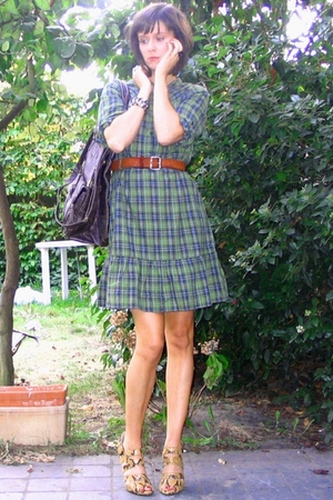 H&amp;M dress - vintage belt - Pimkie purse - Zara shoes - H&amp;M accessories