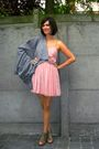 Gray-poncho-coat-pink-dress-beige-shoes
